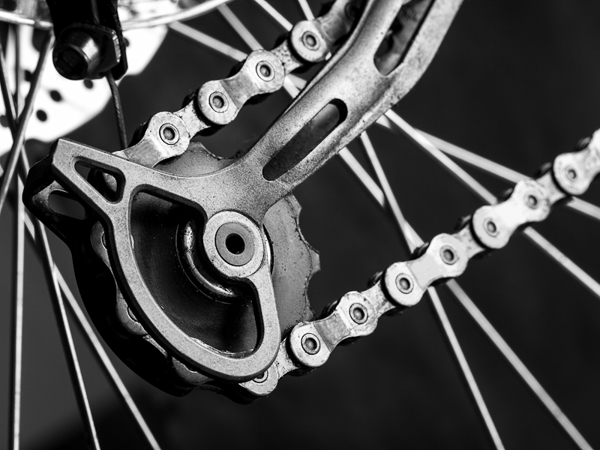How to adjust your bike's rear derailleur - Walk Weekender