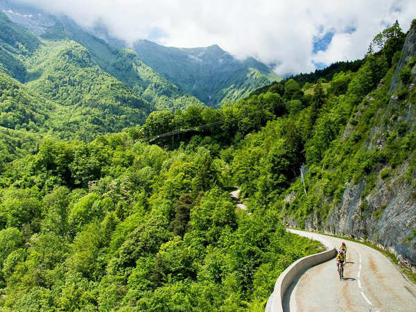 quiet roads and stunning scenery of france for amazing cycling holidays